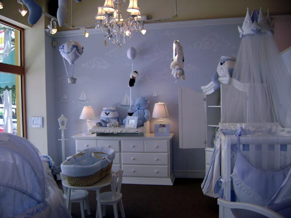 Modern-nursery-with-kids-furniture-different-and-modern-light-lamps