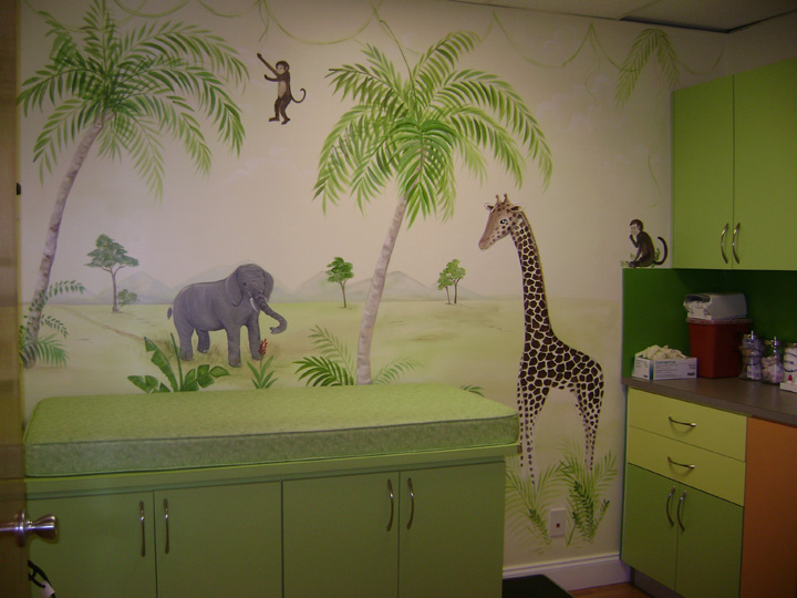 Safari examining room mural