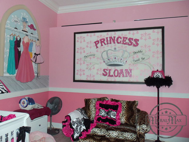 Oversized princess crown, customized banner with name