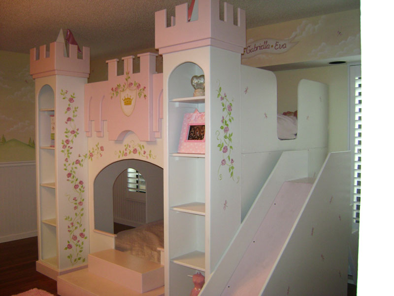 Castle princess bedroom simple home decoration for Castle mural kids room